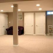 地下室客厅沙发装修