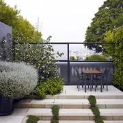 别墅花园门饰装修