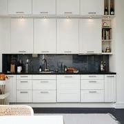 欧式厨房整体式橱柜设计