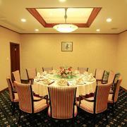 中式酒店餐厅吊顶设计