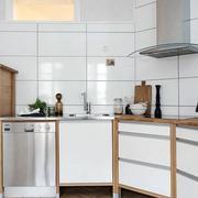 简约风格原木搭配厨房装修