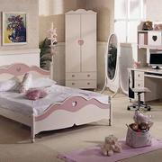欧式粉色儿童房镜饰装修
