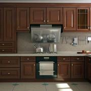 原木深色小厨房