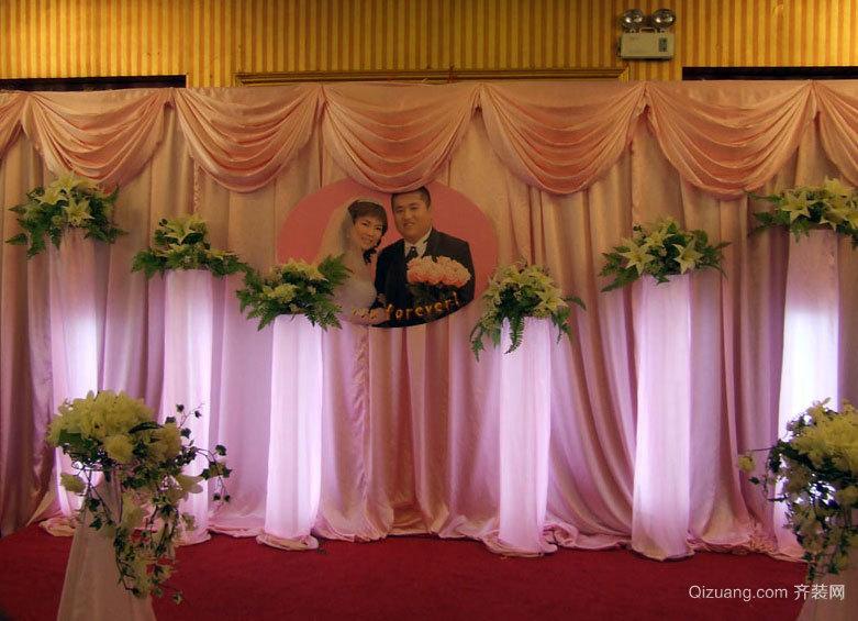 喜庆感十足的婚礼现场布置图片