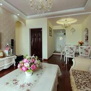 婚房客厅装修设计