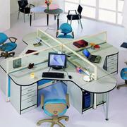 低矮玻璃办公桌隔断