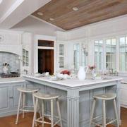 欧式风格厨房飘窗装修