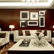 客厅沙发照片背景墙