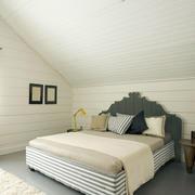 斜顶卧室装修