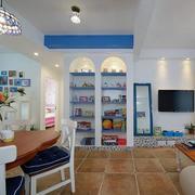 公寓客厅置物架设计