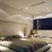 卧室榻榻米吊顶设计