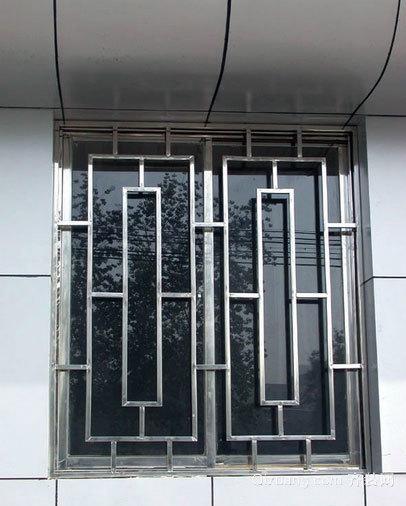 小高层住宅不锈钢防盗窗装修效果图