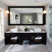 洗手间镜饰设计