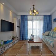 公寓客厅蓝色飘窗设计