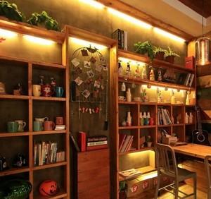 复古田园温馨的50平米小户型咖啡厅装修设计效果图