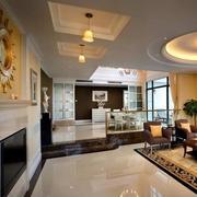 现代简约客厅踢脚线设计