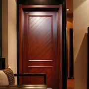 现代窄小套装门设计