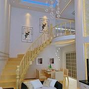 超级狭窄的楼梯装修