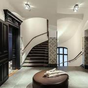 别墅旋转楼梯装修
