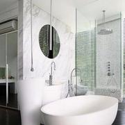 后现代风格浴缸设计