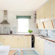 欧式简约风格厨房装潢设计
