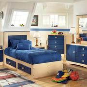 蓝色系榻榻米卧室