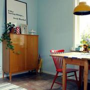公寓原木桌椅设计