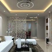 客厅显得简约白色隔断设计