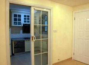 80平米小户型厨房推拉门装修效果图一览