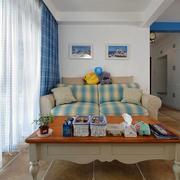 公寓客厅茶几装修