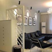 客厅镂空隔断装修