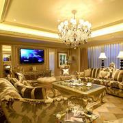 客厅华丽沙发装修