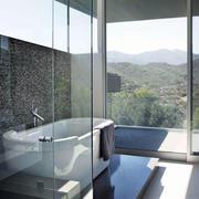别墅高层卫生间浴缸设计