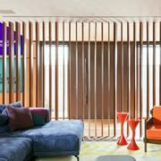 复式楼客厅隔断设计