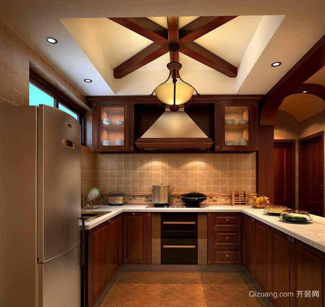 带拐角的30平欧式厨房装修效果图展示