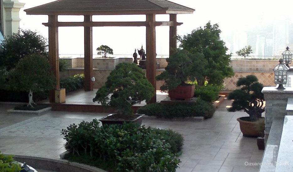 别墅一景:漂亮的露台花园装修效果图