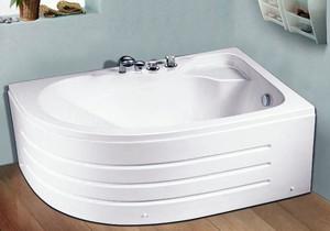 舒缓压力:减压的家装必备时尚按摩浴缸装修效果图