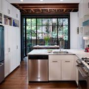 欧式厨房装潢设计