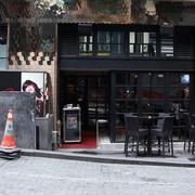 复古黑色系咖啡店装修