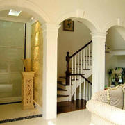 白色拱门设计