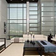现代简约风格高挑客厅装修