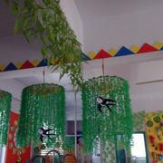 带有春天气息的幼儿园吊饰