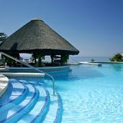 游泳池台阶设计