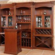 原木经典欧式酒柜设计