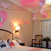 粉色婚房设计