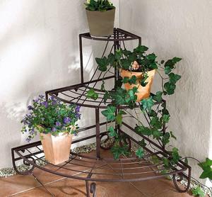 三层阳台花架设计