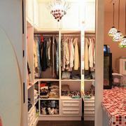 两室一厅衣帽间效果图