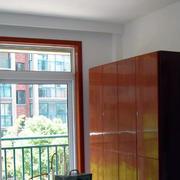 公寓卧室橱柜设计
