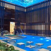 游泳池隔断设计