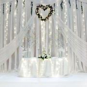 纯白色婚礼现场设计
